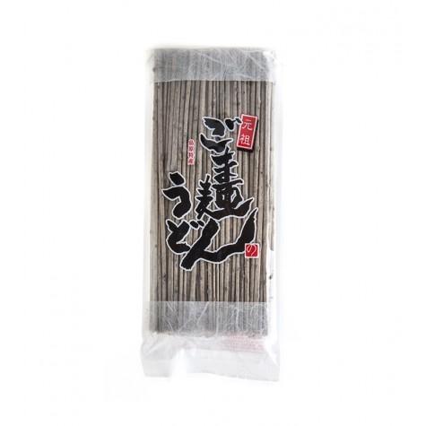 Udon noodles with sesame